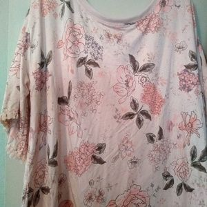 Nwt 1X Democracy floral Top x Bow Accent